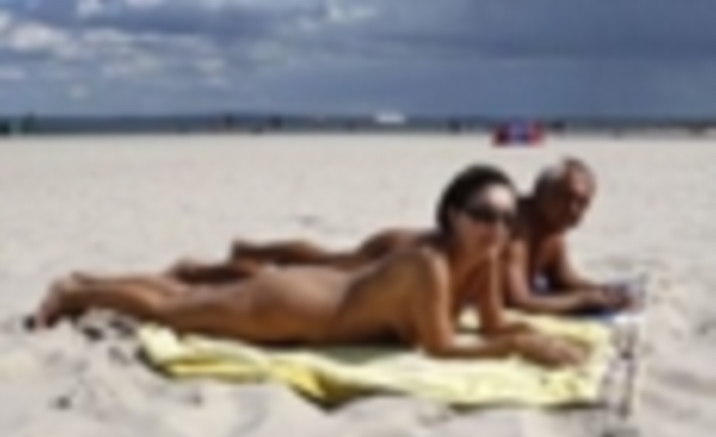 Hebei Province to open nude beach
