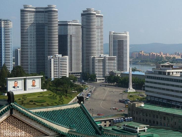 Pyongyang & Kaesong Highlights Tour
