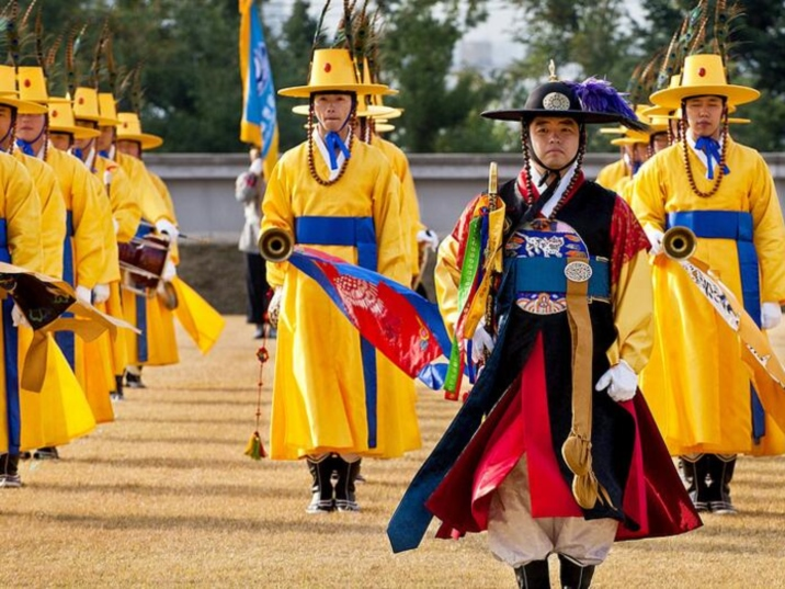 Chaoxian Nationality, the Ethnic Group of Versatility