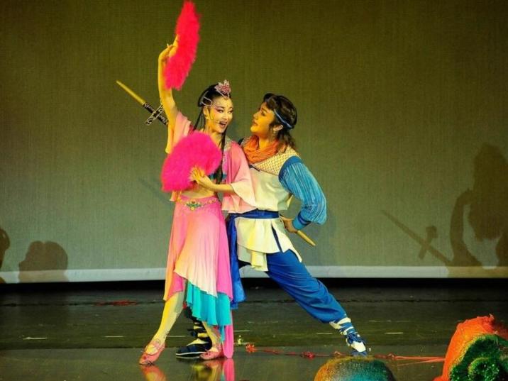 Hunan Huagu Opera