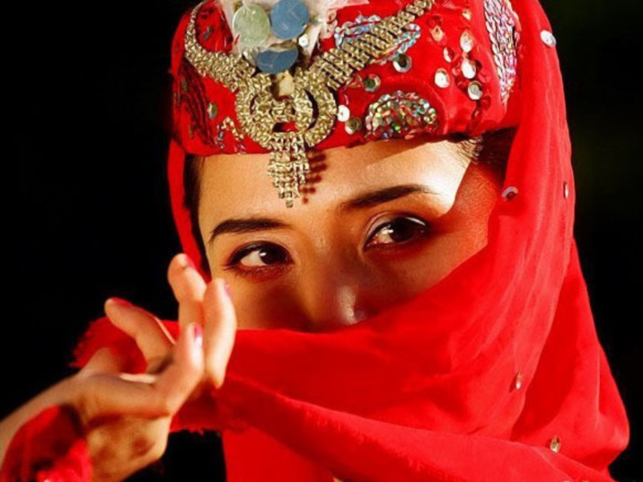 Uyghur, Singing and Dancing in Xijiang