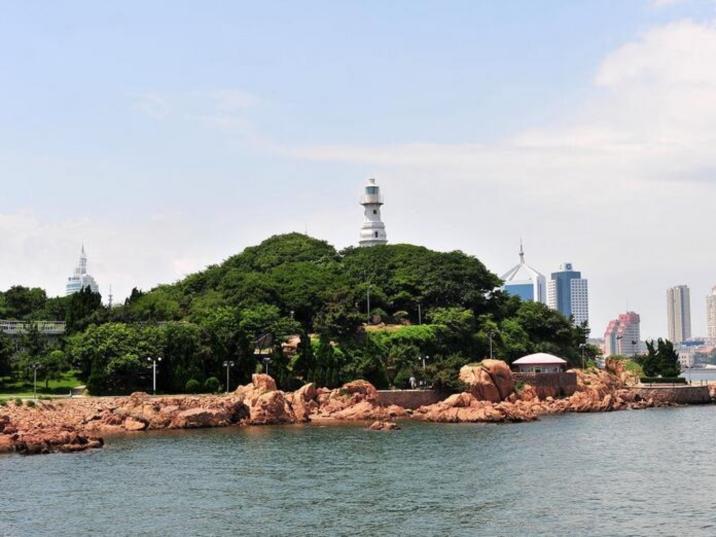 Small Qingdao Islet