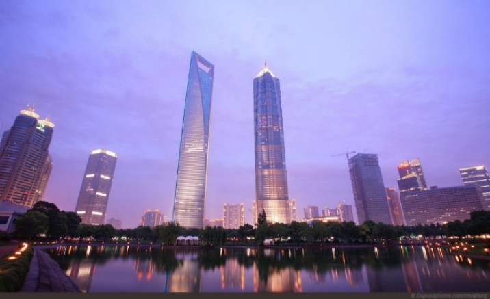 The skywalk on Jinmao Tower opens today