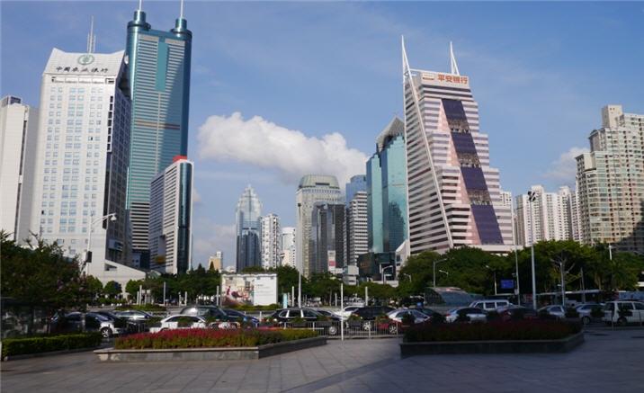 Shenzhen and Auckland flight