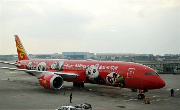 Direct flights between Chengdu and Los Angeles launched