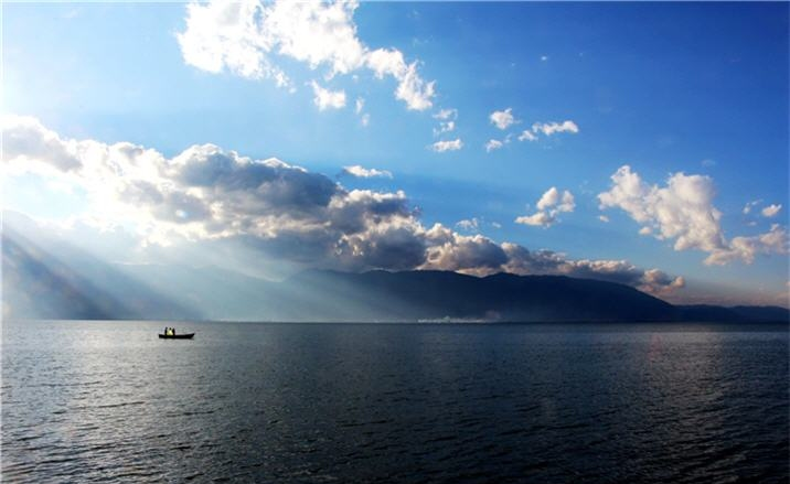 Project launched to 'rescue' Erhai Lake in Dali