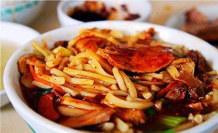 « Paozhangzi » est une sorte de nouilles à soupe