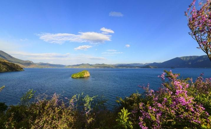 Luguhu Lake