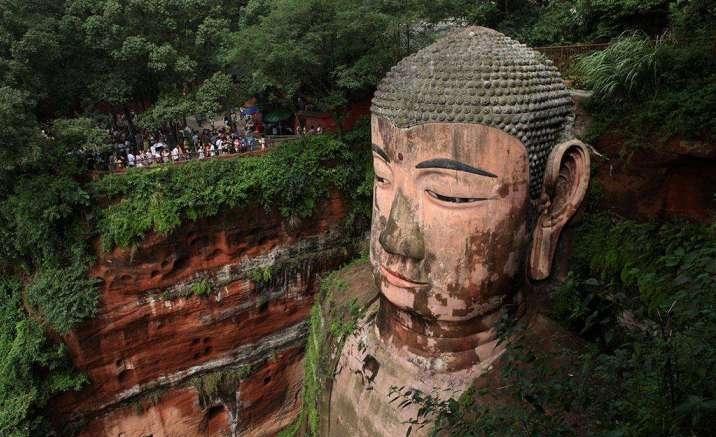 Chengdu Leshan Giant Buddha is under repairs