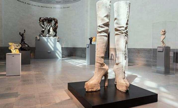 UK artist Sarah Lucas opens solo exhibition in Beijing