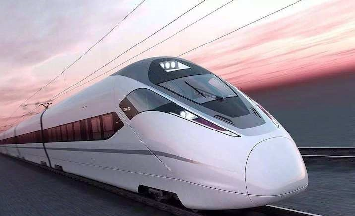 New high-speed train connects Dunhuang with Lanzhou