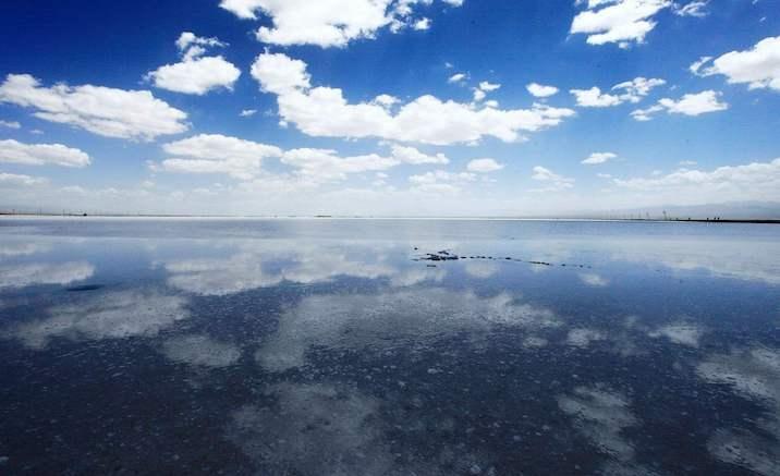Sky No.1 — a new tourists park at Chaka Salt Lake
