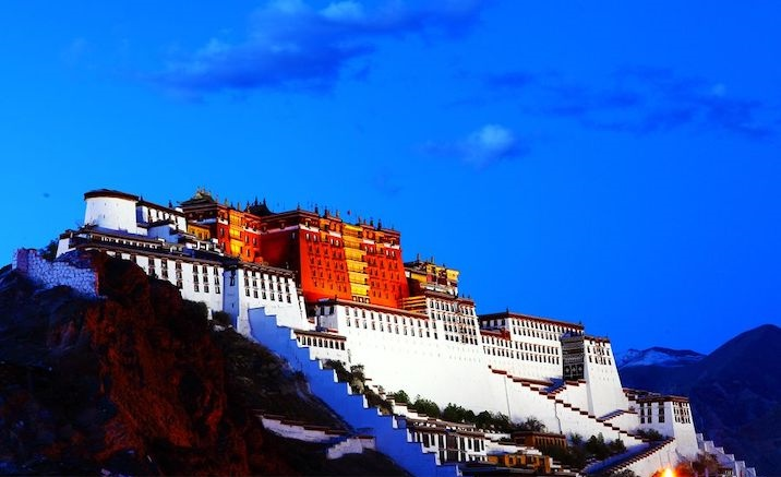 Visiting Potala Palace needs reservation from now on
