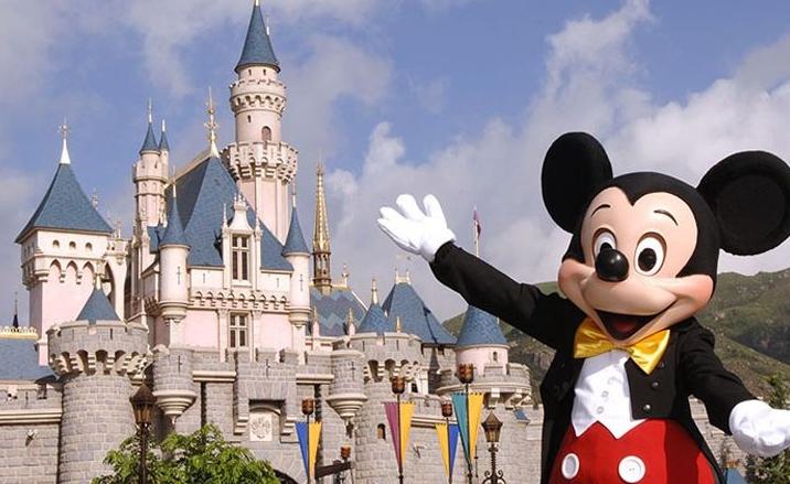 Shanghai Disney Resort reopened after the destructive typhoon
