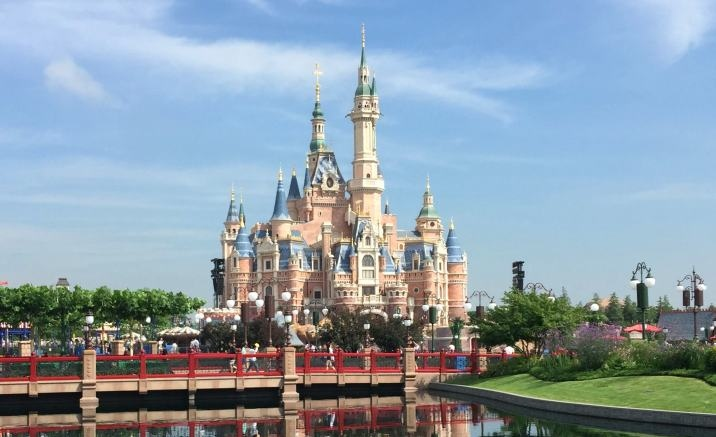 Shanghai Disneyland to allow some outside food
