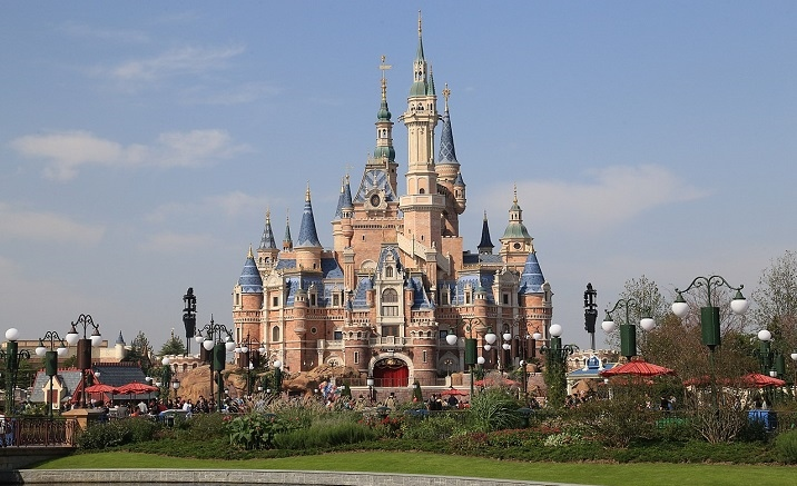 Virtual-reality experience is introduced to Shanghai Disney Resort