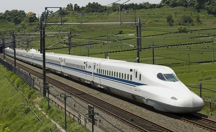 New high-speed trains link Chongqing and Liupanshui