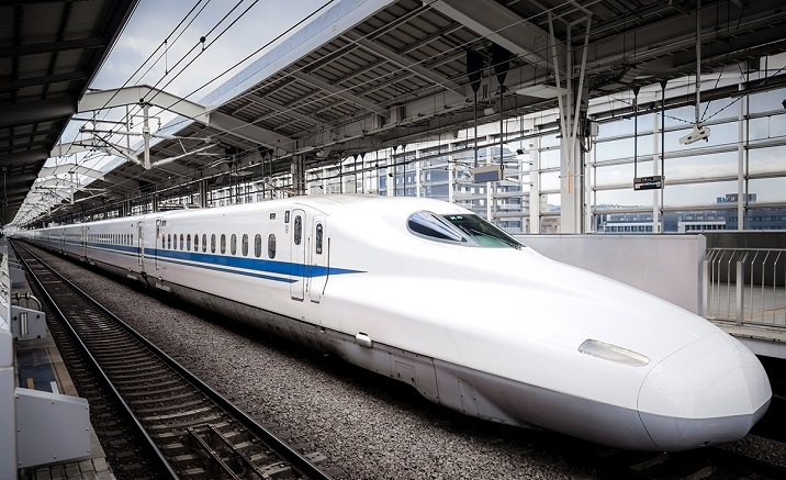 Tibet to open the high-speed bullet trains in July