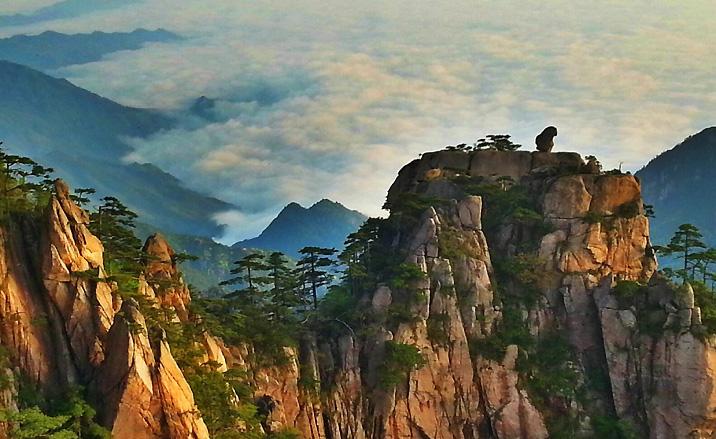 Les roches géantes de forme particulière des Monts Huangshan