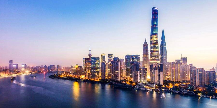 Gargantuan Shanghai Tower