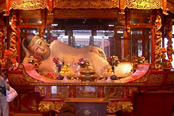 Temple de Bouddha de jade