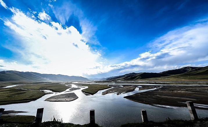 Les Sources des trois rivières : le fleuve Yangtsé, le fleuve Jaune, le fleuve Lancang
